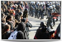 08-Punk-vs-Police